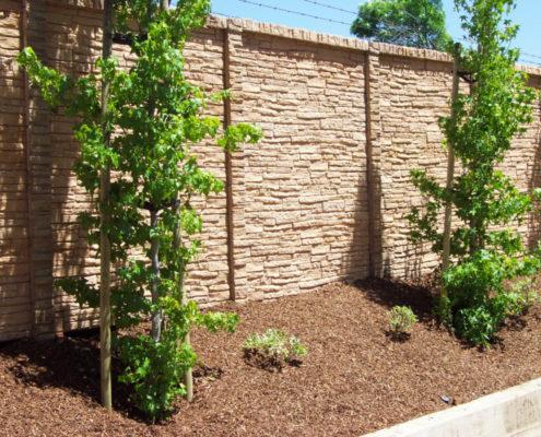 Декоративный забор под камень